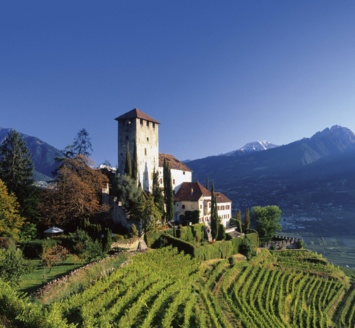 culture-lovers find something to visit in Lana - Merano